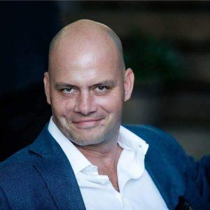 Dr Gábor Deák